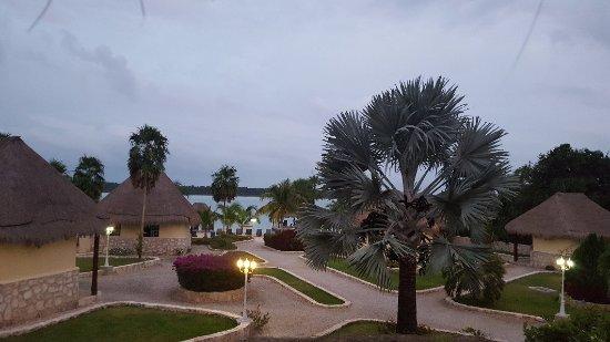 Bacalar lagoon resort updated 2017 villa reviews price for Hotel luxury villas bacalar