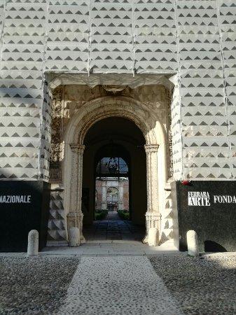 Palazzo dei Diamanti: IMG_20180120_115657_large.jpg