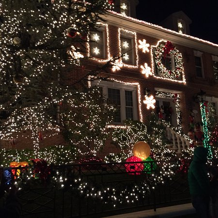 Dyker Heights: photo5.jpg