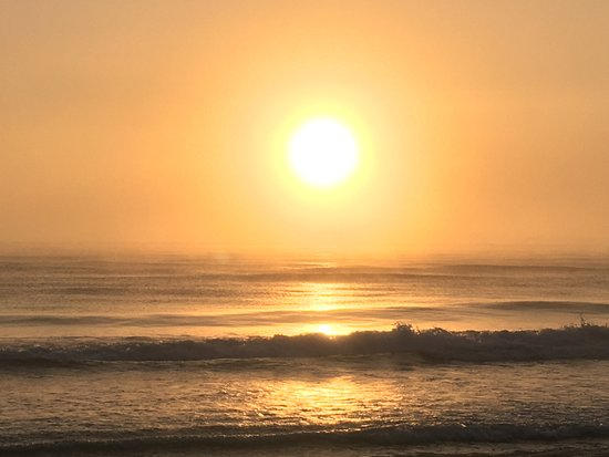 Playa Selva : A foggy sunrise 1/12/2018