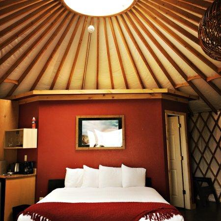 Cave B Inn & Spa Resort