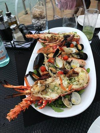 La Vespa Vista Mare: Seafood platter for two