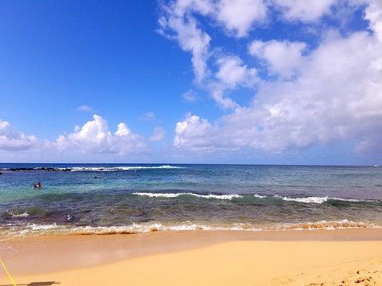 Poipu Beach Park: Wonderful beach at Poipu