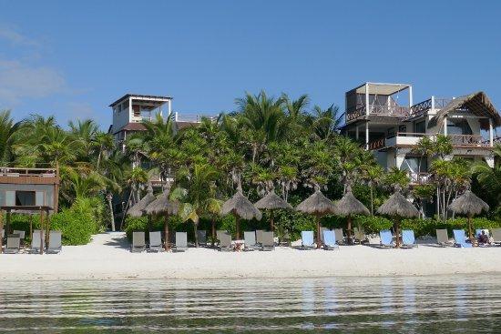 Hotel Jashita: Private beach