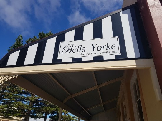 Bella Yorke