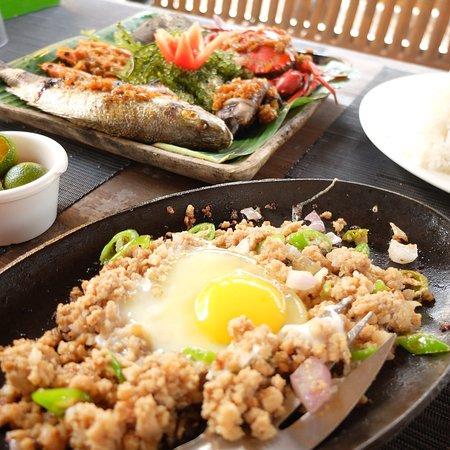 Kawayanan Grill Station: photo0.jpg