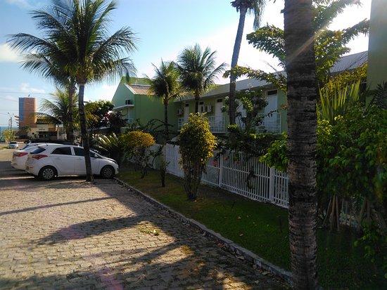 Hotel Belo Horizonte: estacionamiento en la calle
