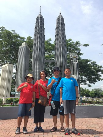 Legoland Malaysia : An Iconic Twin Tower made of Lego
