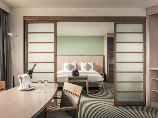 Vanves, فرنسا: Guest room