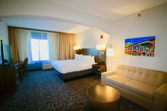Gundersen Hotel Suites Photo