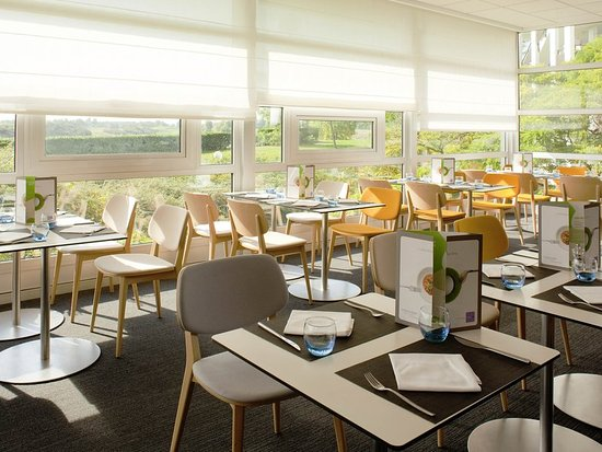 Saint-Quentin-en-Yvelines, France : Restaurant