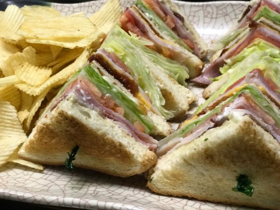 Linthicum Heights, MD: club sandwich