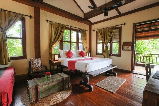 Maisons Wat Kor : Lotus room - upper floor