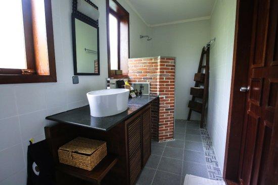 Maisons Wat Kor : Bathroom of Lotus no. 2