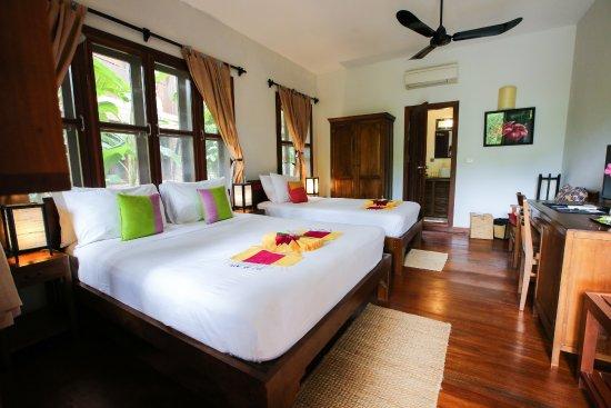 Maisons Wat Kor : Frangipane Twin room