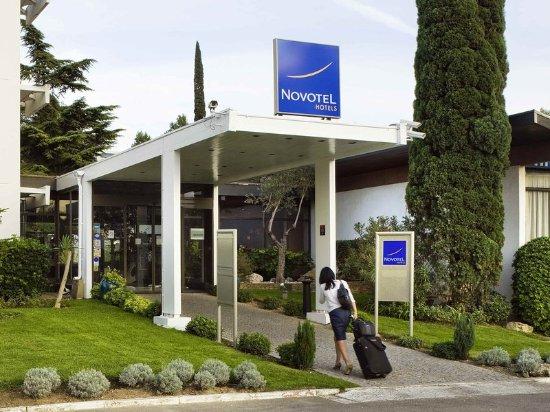 Novotel Marseille Est : Exterior