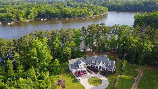Home over High Rock Lake (Salisbury side)