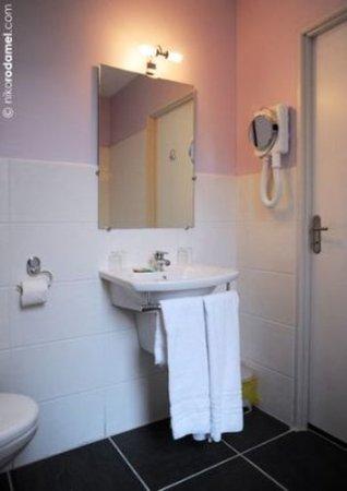 hotel du cheval noir saint etienne 22 fotos compara o de pre os e avalia es. Black Bedroom Furniture Sets. Home Design Ideas
