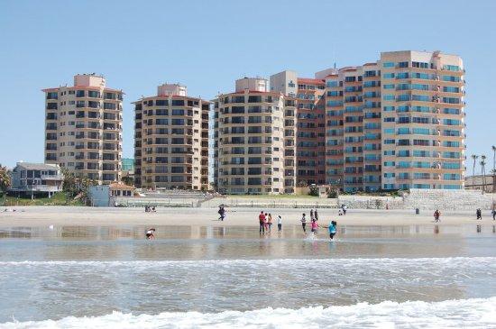 Rosarito Inn: Beach