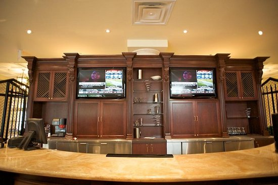 Monte Carlo Inn & Suites Downtown Markham: Restaurant