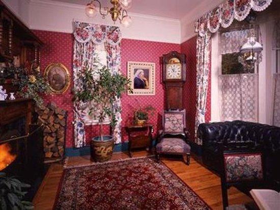 Humboldt House Bed & Breakfast Inn: Lobby
