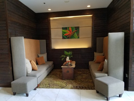 The Cocoon Boutique Hotel: Lobby