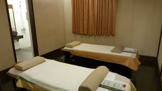 Six Star Foot Massage Hall - Minquan Branch