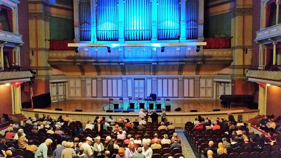 Troy Savings Bank Music Hall: Best seats in the house - front of the balcony.