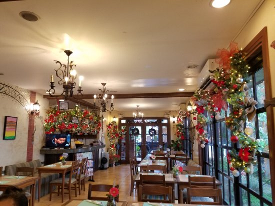 Calabarzon Region, Filipiny: Tootsie's beautiful holiday decor