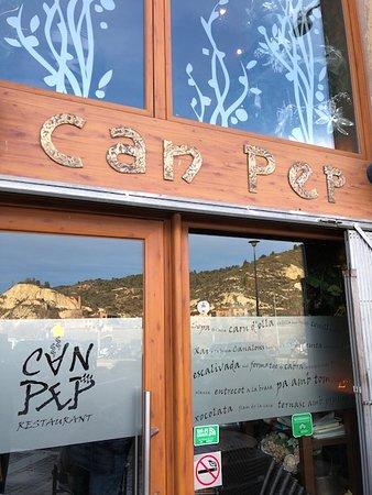 Castellfollit de Riubregos, Spanyol: Entrada al restaurante