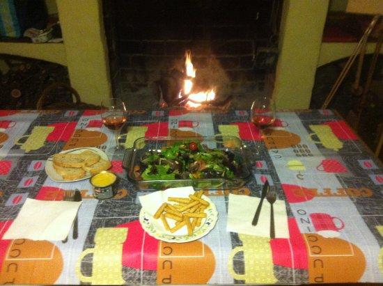 Cortegana, Spanyol: Menaje muy completo en la cocina