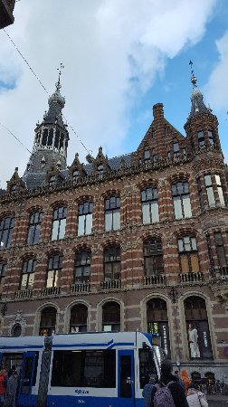 Magna Plaza: Beautiful building