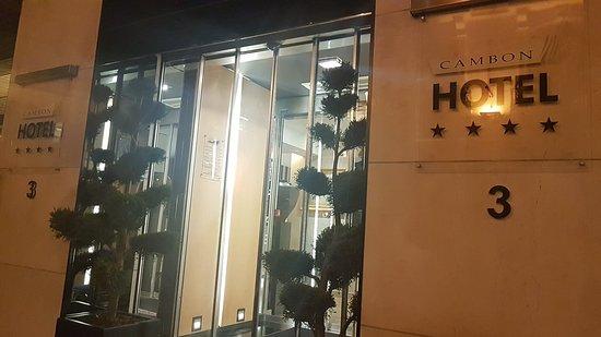 Hotel Cambon: 20180123_011555_large.jpg