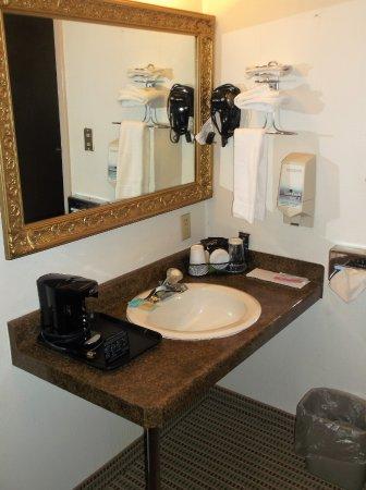Wolf Point, MT: Chambre 212 / avec séchoir et café