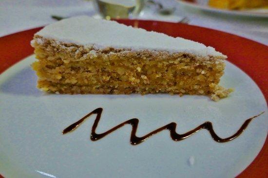 Honig Nuss Kuchen Picture Of Restaurante Fialho Evora Tripadvisor