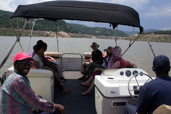 Piggs Peak, Suazilândia: Boat cruises at Maguga Lodge