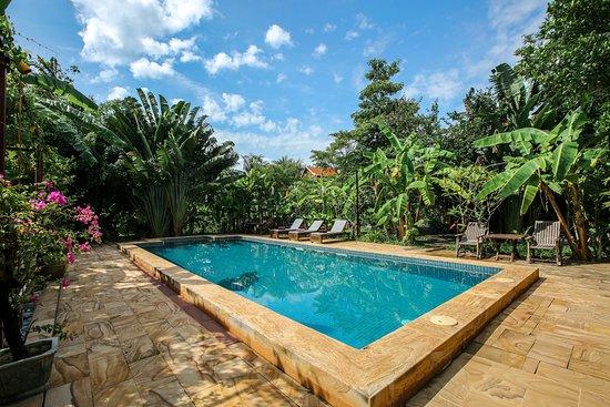 Maisons Wat Kor : Salt water pool