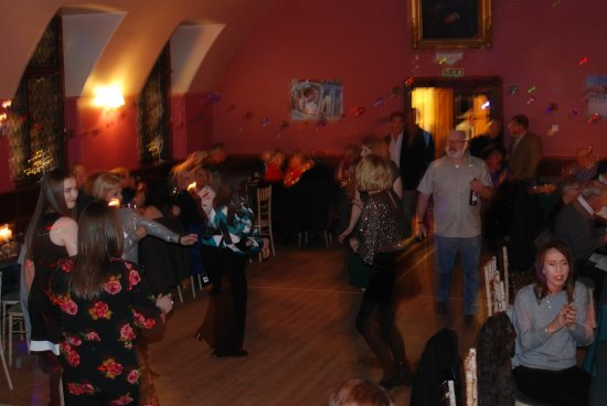 Meikleour, UK: Dancing