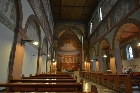 Benedictine Abbey of St. Hildegard: in der Abteikirche