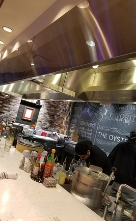 Hard Rock Cafe: Oyster Bar Hard Rock Hotel South Lake Tahoe. Clean. Fresh. Well Lit. FUN!