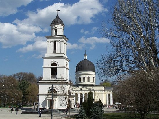 Moldova: The Cathedral in Chisinau