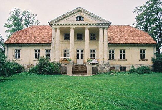 Padure Manor