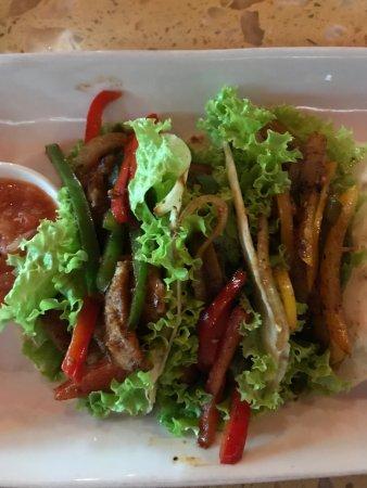 Dingo Deli: Fish tacos
