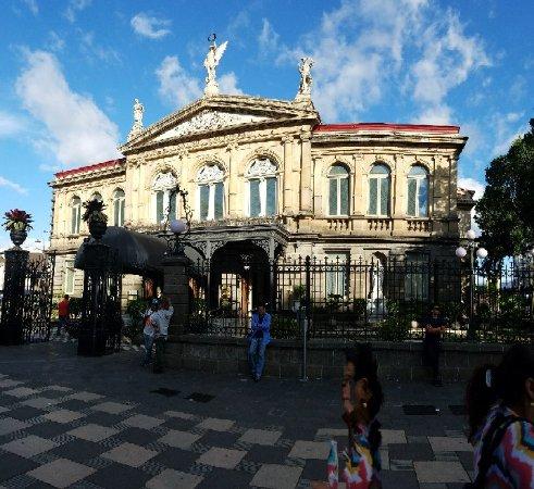 Teatro Nacional Costa Rica: 20180120_155602_large.jpg