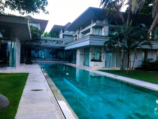 Looking Back At The House From The Far End Of One Of The Pools The Bar Is On The Left Picture Of Villa Vedas Bali Tabanan Tripadvisor