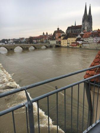 Sorat Insel-Hotel Regensburg: View from rooftop terrace