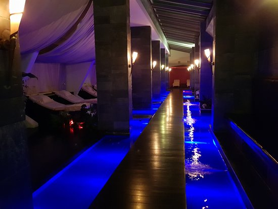 Amathus Beach Hotel Limassol: spa