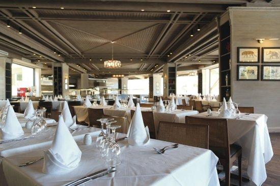 Hotel Riu Tikida Beach: Le Caroubier main restaurant