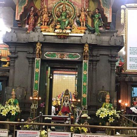 Mariamman Hindu Temple: photo6.jpg