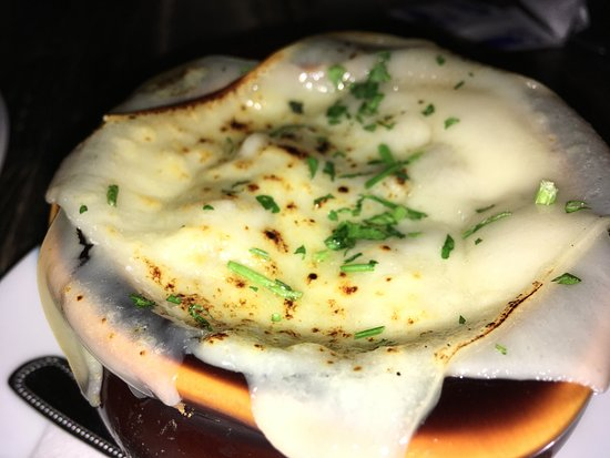 The Colonial: French Onion Soup